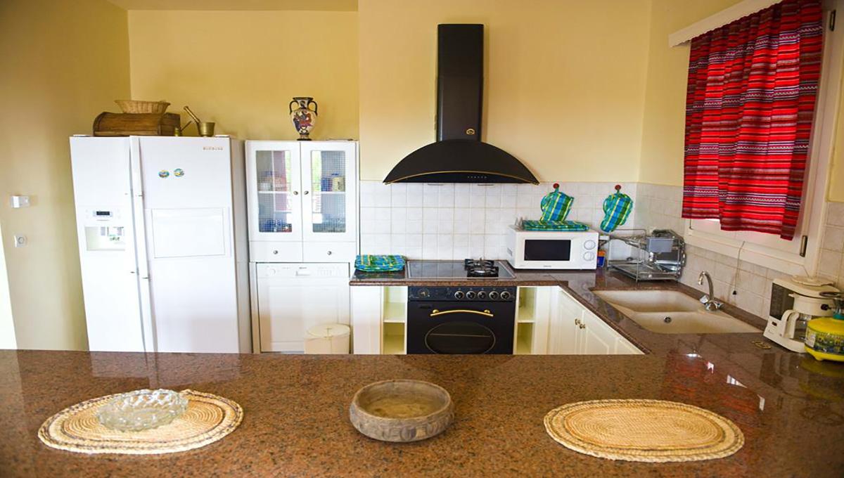 villa_pandora_first_floor_apartment_kitchen
