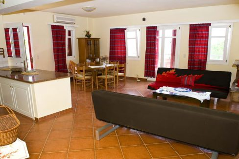 villa_pandora_first_floor_apartment_living_room